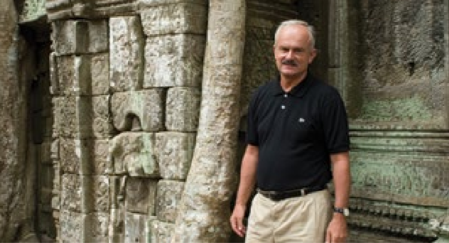 Dr. István Zelnik, Editor, President of the Editorial Board