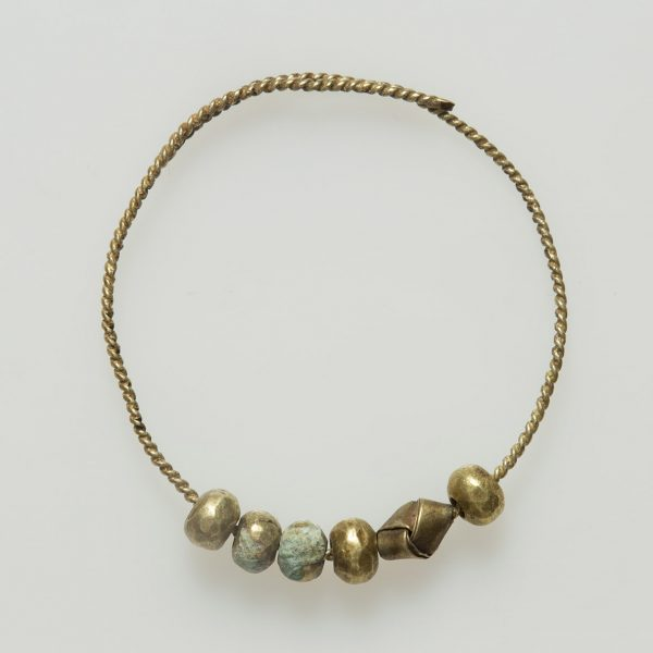 Pre Angkorian gold beads
